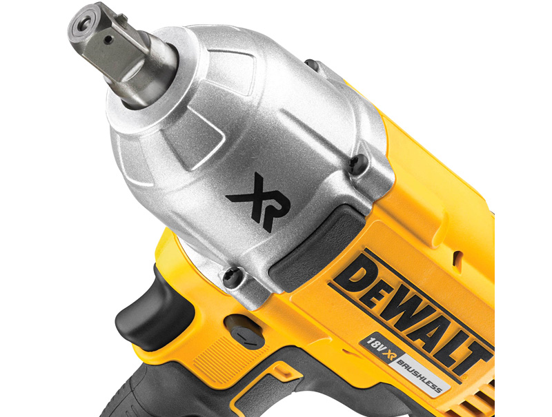 Аккумуляторный гайковерт DeWALT DCF899N