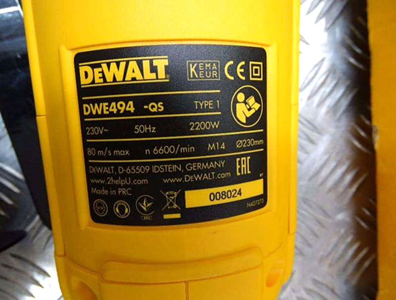 Болгарка DeWALT DWE494