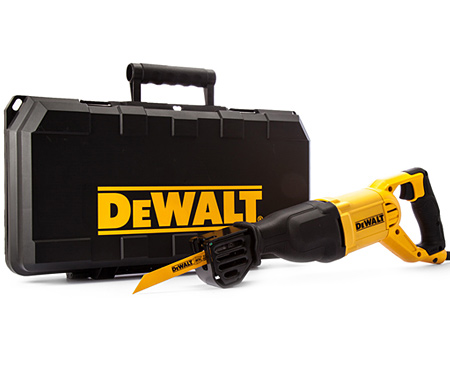 Сабельная пила DeWALT DWE305PK